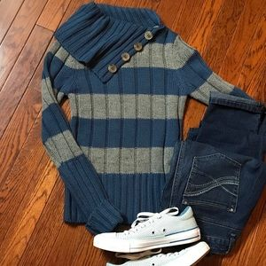 Energie blue/gray striped long sleeved sweater